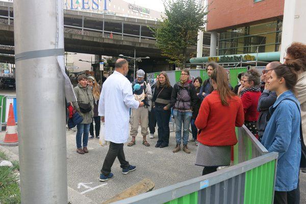 """Pendant ce temps là, dans le cadre du festival """"Les sciences dans la ville"""" organisé par l'Université populaire de Bagnolet, Olivier Marboeuf nous emmène dans une visite architecturale aux environs de l'échangeur de Bagnolet."""